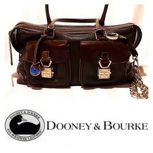DOONEY & BOURKE LEATHER VINTAGE BAG.